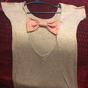 Tops - Cute open back Tee